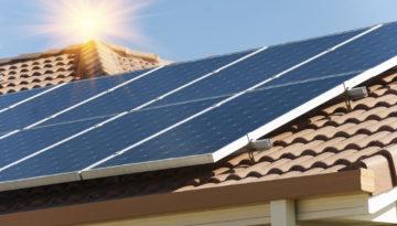Panneaux solaires sur-imposition